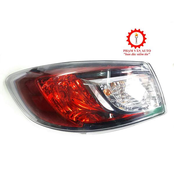 Đèn Hậu Miếng Ngoài Bên Lái Mazda3s BBP2511650E