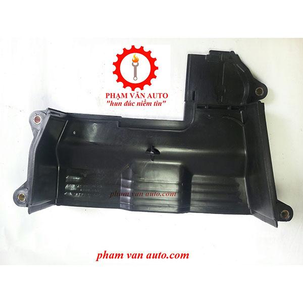 Ốp Cam Trên Ford Laser 1.8 FP0110520