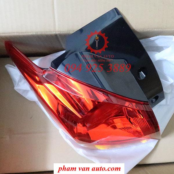Đèn Hậu Lái Mitsubishi Outlander 8330A843 Hàng Chính Hãng Giá Rẻ